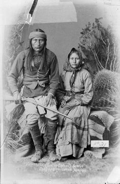 Apache Chief Naiche (Natchez) & his wife Ha-o-zinne. Photo by F.A. Randall. 1886. Naiche (ca. 1857-1919) was the son of the legendary Chief Cochise and grandson of Chief Mangas Coloradas. Chief Naiche was the final hereditary chief of the Chiricahua Apaches.