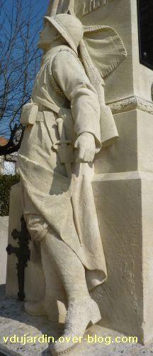 Le monument aux morts de Ligugé. Vienne