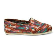 Brimming with low-key style  these TOMS Classics pair with any summer outfit.