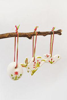 Decorações de Primavera em Biscuit.  Spring decorations, in biscuit  www.moinhodorei.com