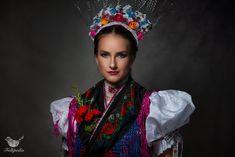 Hungary, The Past, Crown, Beautiful, Fashion, Moda, Corona, Fashion Styles, Fashion Illustrations