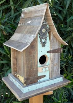 Most Popular Birdhouses Rustic in Your Garden 14 – DECOREDO #Birds