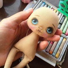 Я рисую, скоро новые малышки #куклаолли #оллирисует #кукла #куколка…