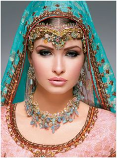 Asian bridal jewellery www. Pakistani Makeup, Indian Bridal Makeup, Pakistani Couture, Wedding Makeup, Asian Bridal Jewellery, Bridal Jewelry, Indian Jewelry, Queen Outfit, Exotic Beauties