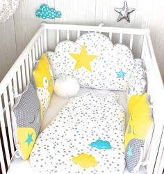 *Tour de lit bébé en 60cm large, 5 coussins, hibou et nuage, gris, jaune, blanc et touche de turquoise