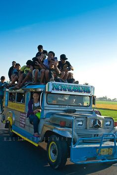 Double-decker bus Philippines version and a lot more - ONLY IN THE PHILIPPINES