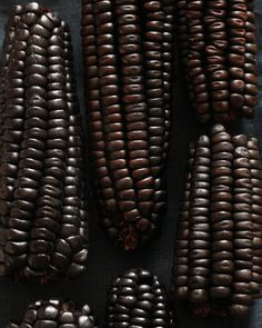 Texture Photography, Dark Photography, Fade To Black, Black And Brown, Noir Ebene, Black Corn, Food Texture, Dark Autumn, Total Black