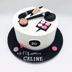 c cake by Cindy Sauvage Makeup Birthday Cakes, Creative Birthday Cakes, Elegant Birthday Cakes, Cute Birthday Cakes, Beautiful Birthday Cakes, Birthday Cakes For Women, Cupcakes, Cupcake Cakes, Mac Cake