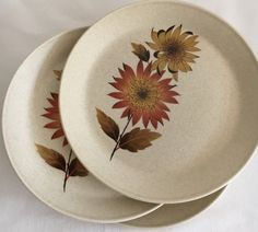 Johnson of Australia Sunflower Set of Three by modernlookvintage