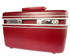 Channel your inner 1960s stewardess with this fabulous burgundy train case from Samsonite.
