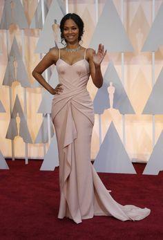 Oscars red carpet.  Zoe Saldaña