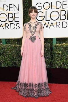 Felicity Jones in Gucci - Golden Globes 2017