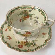 Antique Tea Sets, Tea Sets Vintage, Vintage Teacups, Vintage Dishes, Tea Cup Set, Tea Cup Saucer, Teacup Candles, Tea Art, Teacup Cookies