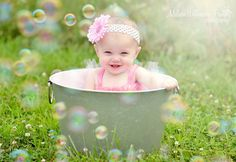 Children Photography Poses, Baby Girl Photography, Newborn Pictures, Baby Pictures, Milk Bath Photography, Baby Shots, Baby Flower, Kid Poses, Baby Memories