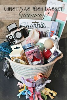 Head over to Kleinworth & Co's blog for a chance to win this awesome Christmas Wishlist Gift Basket.