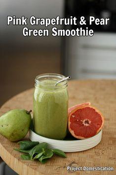 Pink Grapefruit & Pear Green Smoothie