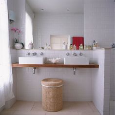 Bathroom double silk | Open-plan London home | Homes & Gardens house tour | PHOTO GALLERY | Housetohome