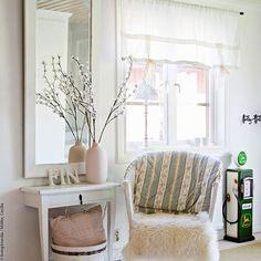 We like it - do you? #welovewestwing #getinspired #interiordesign #instahome #design #interiorlover #detailscount #homestyling #homedecor #styleyourhomewithus #roomforinspo #interiorforyou #interior2you #dailyinspiration #design4you #decoration