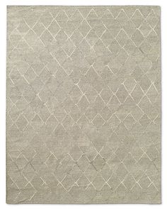 Sully: Soft tone-on-tone introducing a light earth tone to complement the grey and dusty rose...Fonda Rug - Sand
