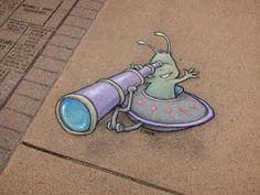 Sidewalk Chalk Art Of Sluggo Von David Zinn - Ing and John's Street Art and International Street Art - Amazing Street Art, 3d Street Art, Street Art Graffiti, Street Artists, Graffiti Artists, David Zinn, Chalk Pictures, Chalk Artist, Sidewalk Chalk Art