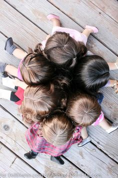 6 dolls-6 shades of brown.  An interesting look at American Girl dolls brown wigs.