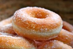 Perfect Yeast Doughnuts, Sugar and Filled with Jam Nutella and Cream. Perfect yeast doughnuts are easy to make at home with the right recipe. You now have it in Best Donut Recipe, Vegan Donut Recipe, Vegan Doughnuts, Yeast Donuts, Baked Donut Recipes, Baked Donuts, Crispy Donut Recipe, Easy Yeast Donut Recipe, Classic Donut Recipe