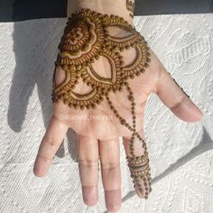 Stained - henna artist in Tampa Florida for bridal mehndi , henna tattoo , and henna design ebooks for the henna community. Mehndi Pictures, Shoulder Henna, Buy Henna, Stylish Mehndi, Henna Body Art, Henna Party, Natural Henna, Bridal Mehndi, Henna Artist