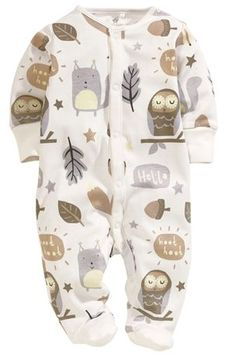 Essential baby girl sleepsuits for a comfortable feel and a cute attire. Shop styles for newborn girls. Little Babies, Cute Babies, Baby Kids, Baby Boy Fashion, Kids Fashion, Baby Boy Outfits, Kids Outfits, My Bebe, Gender Neutral Baby