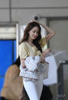 Yoona Snsd Im Yoona, Sooyoung, Kim Hyoyeon, Snsd Fashion, Korean Fashion, Girls Generation, Seulgi, Nayeon, Yuri