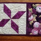 PINWHEEL mug rug, snack mat, candle mat - via @Craftsy