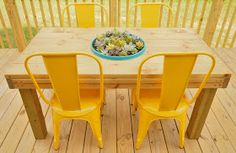 CRAPTASTIC: DIY Patio Table With Interchangeable Centerpiece!
