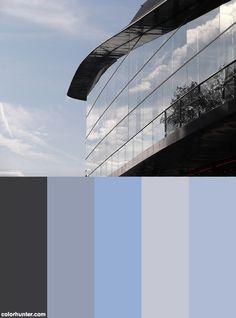 Reflets+Du+Ciel+Dans+Les+Vitres+Du+Centre+Des+Congrès+De+Tours+Color+Scheme