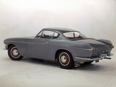 Volvo P1800 Coupe (manufactured in 1973)