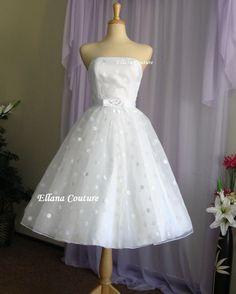 Faye - robe de mariée Vintage Style Polka Dot. Longueur de thé.