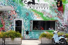 Panther Coffee, Wynwood Arts District (Miami, Florida)