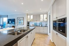 Entertainer Kitchen in the Plaza with a Champagne France World of Style. Champagne France, Porter Davis, Kitchen Dining, Kitchen Cabinets, Storey Homes, New Home Designs, Home Kitchens, Man Cave, Family Room
