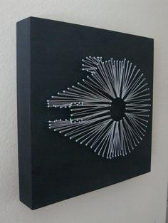 Star Wars Millennium Falcon Nagel und String-Wandregal Kunst