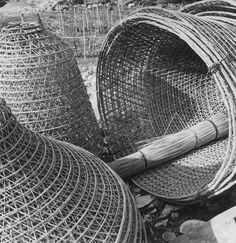 Fischreusen in Elba, 1955. Photo by Michael Wolgensinger