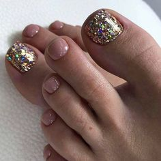Make an original manicure for Valentine's Day - My Nails Toe Nail Color, Toe Nail Art, Nail Colors, Pretty Toe Nails, Cute Toe Nails, Pedicure Designs, Toe Nail Designs, Pedicure Ideas, Glitter Toe Nails