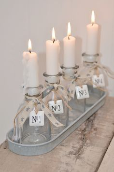 Advent candles without a wreath. This would fit much better on the table or… Christmas Makes, Rustic Christmas, Christmas Home, White Christmas, Vintage Christmas, Christmas Holidays, Christmas Crafts, Advent Candles, Pillar Candles