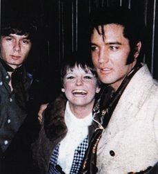great example candids  photos from outside Elvis' Hillcrest home, December 1968