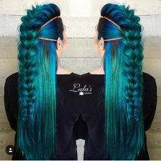 Loose braid, streaks, ombre, royal blue, black, emerald green, sapphire, northern lights, aurora inspired