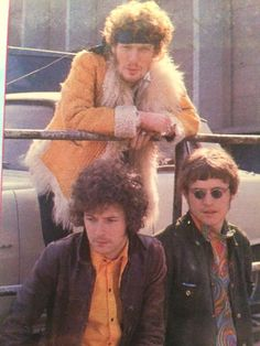 Here Below 23 Eric Clapton Amazing Photos from 1967 , Please use page numbers to navigate Eric Clapton Blues, Cream Eric Clapton, Great Bands, Cool Bands, Facts About Rocks, Rock Music, My Music, Jack Bruce, Steve Winwood