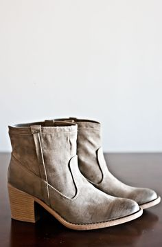 Now And Then Boots-Taupe