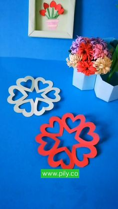 Origami Flower, Flower Paper, Origami Paper, Easy Paper Crafts, Diy And Crafts, How To Make Paper Flowers, How To Make Origami, Mini Craft, Holiday Crafts For Kids