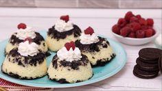 How to Make Muffin Tin Oreo Cheesecake Mini Desserts, Easy Desserts, Delicious Desserts, Dessert Recipes, Yummy Food, Christmas Desserts, Christmas Treats, Dessert Ideas, Oreos
