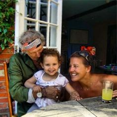Keith Richards with daughter Angela and his grandaughter