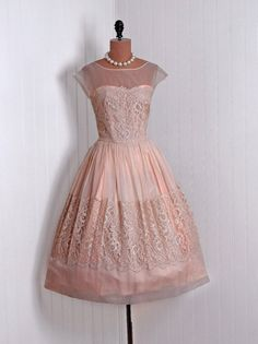 1950's Vintage Champagne-Peach Chiffon and Lace-Couture Sweetheart Low-Plunge Illusion Ballerina-Cupcake Rockabilly Circle-Skirt Party Dress