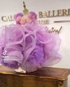 Baby Girl Dresses Diy, Wedding Flower Girl Dresses, Baby Dress, Cute Dresses, Girls Dresses, Kids Frocks Design, Baby Frocks Designs, 1st Birthday Dresses, Fairytale Gown