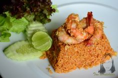 a flavor of Thai: Shrimps fried rice with roasted chili paste (Khao Phad Nam-Prik Paow Koong) Thai Shrimp, Shrimp Fried Rice, Thai Recipes, Chinese Food, Banquet, Chili, Roast, Healthy, Stoves